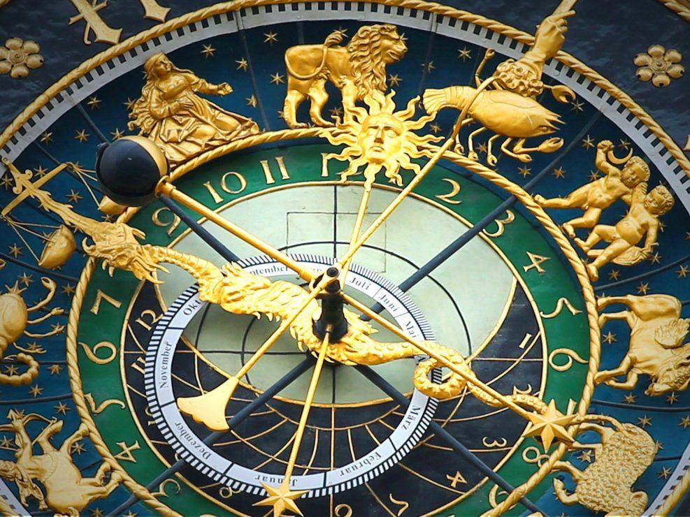 Horóscopos del domingo 26 de septiembre 2021